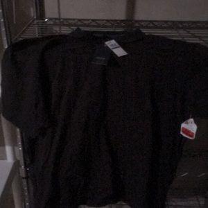 Dark chocolate Arrow polo T-shirt.